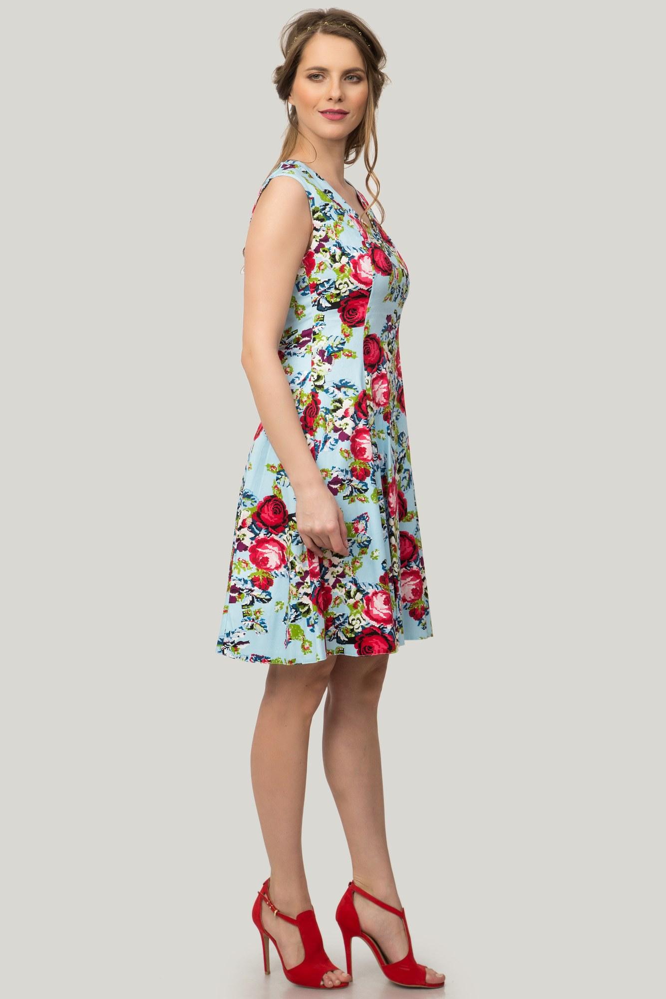 Rochie bleu in clos cu imprimeu floral
