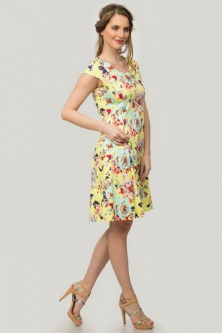 Rochie galbena in clos cu imprimeu floral