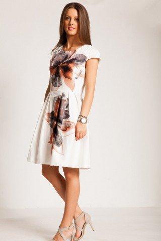Rochie alba cu imprimeu floral caramiziu si pliuri
