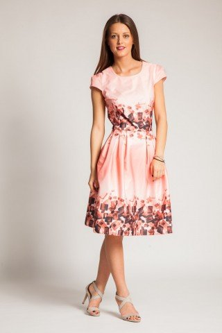 Rochie roz-corai cu pliuri si imprimeu maro