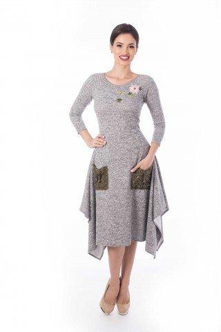 Rochie asimetrica gri cu buzunare tricotate manual