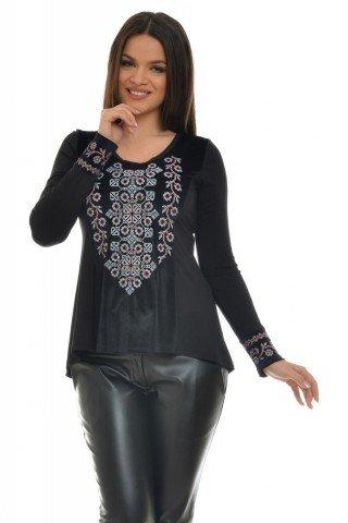 Bluza neagra cu catifea brodata