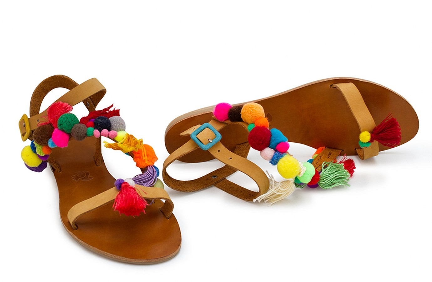 Sandale ocru din piele cu ciucuri