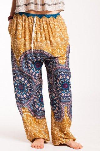 Pantaloni galben-mustar Sashi din vascoza