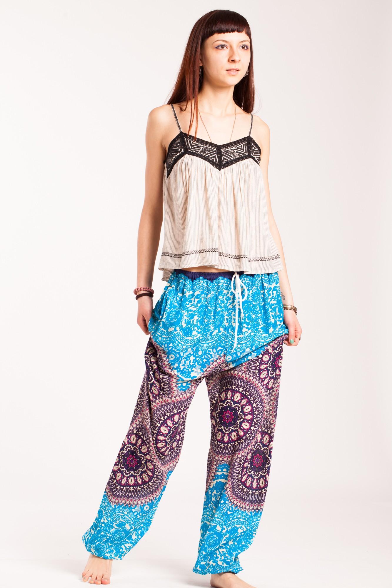 Pantaloni mandala bleu Sashi din vascoza