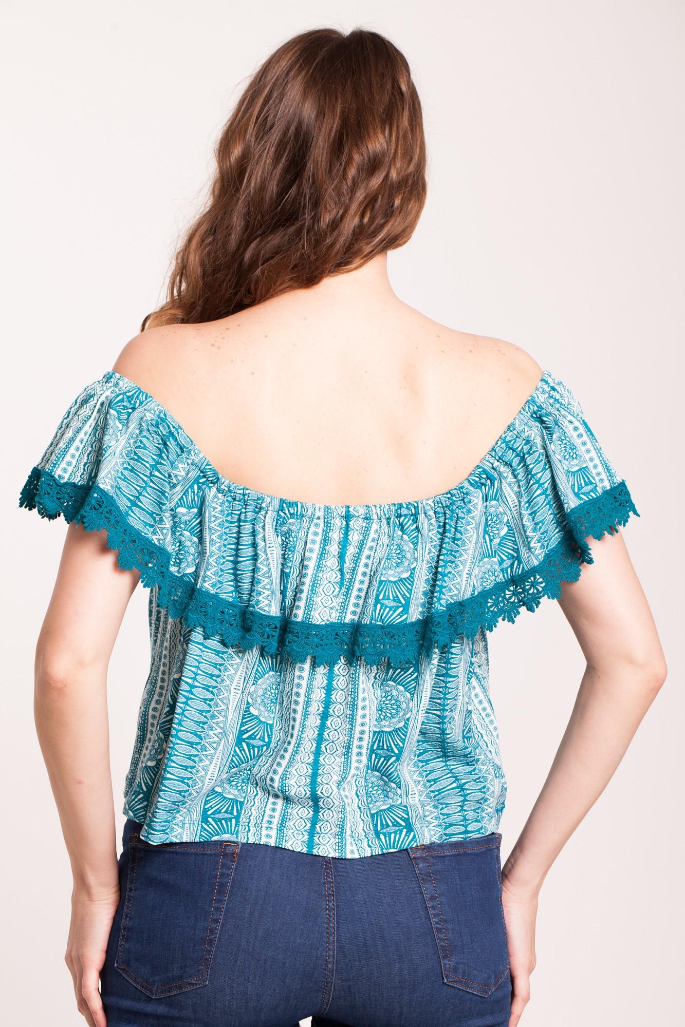Bluza alba Adeona cu imprimeu verde si broderie