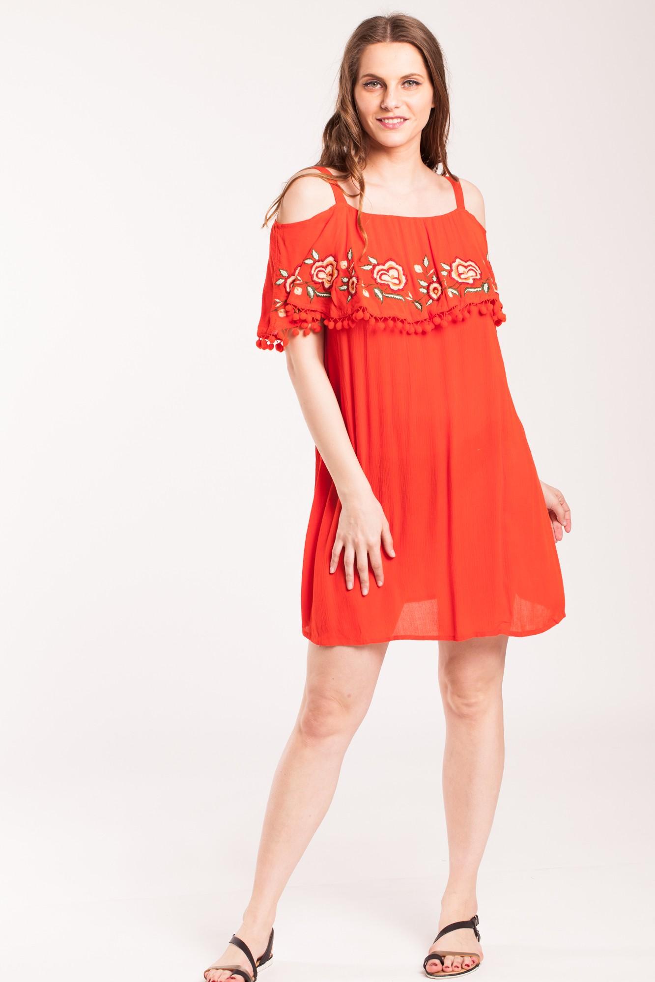 Rochie portocalie din vascoza cu broderie si ciucuri