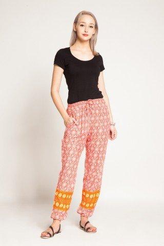 Pantaloni rosii din vascoza Amanda cu imprimeu alb