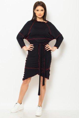 Rochie asimetrica neagra de zi cusuta in surjet cu rosu
