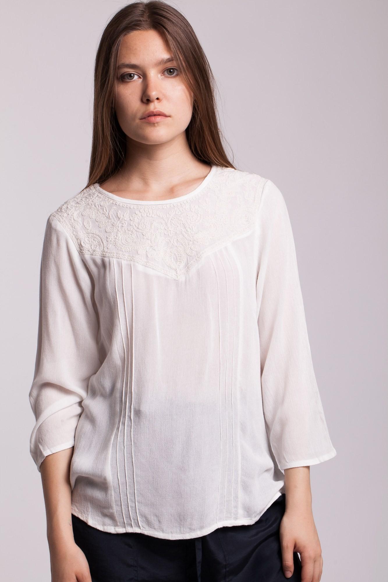 Bluza ivoire Arthy din vascoza cu platca brodata
