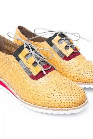 Pantofi piele perforata galbeni Cat by Prego