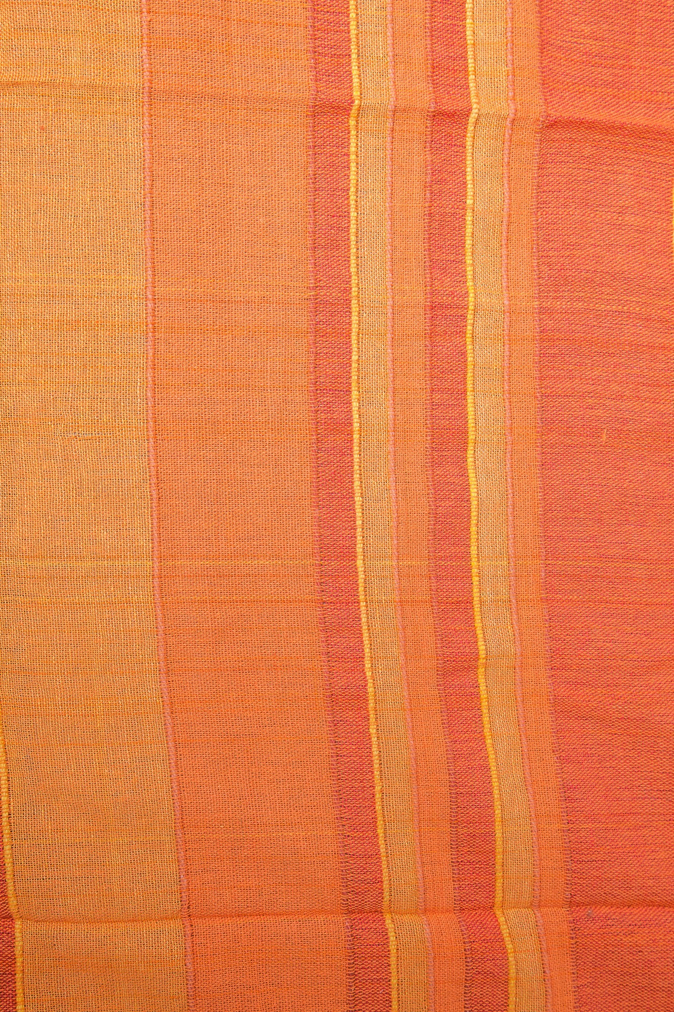Cuvertura single portocalie in dungi