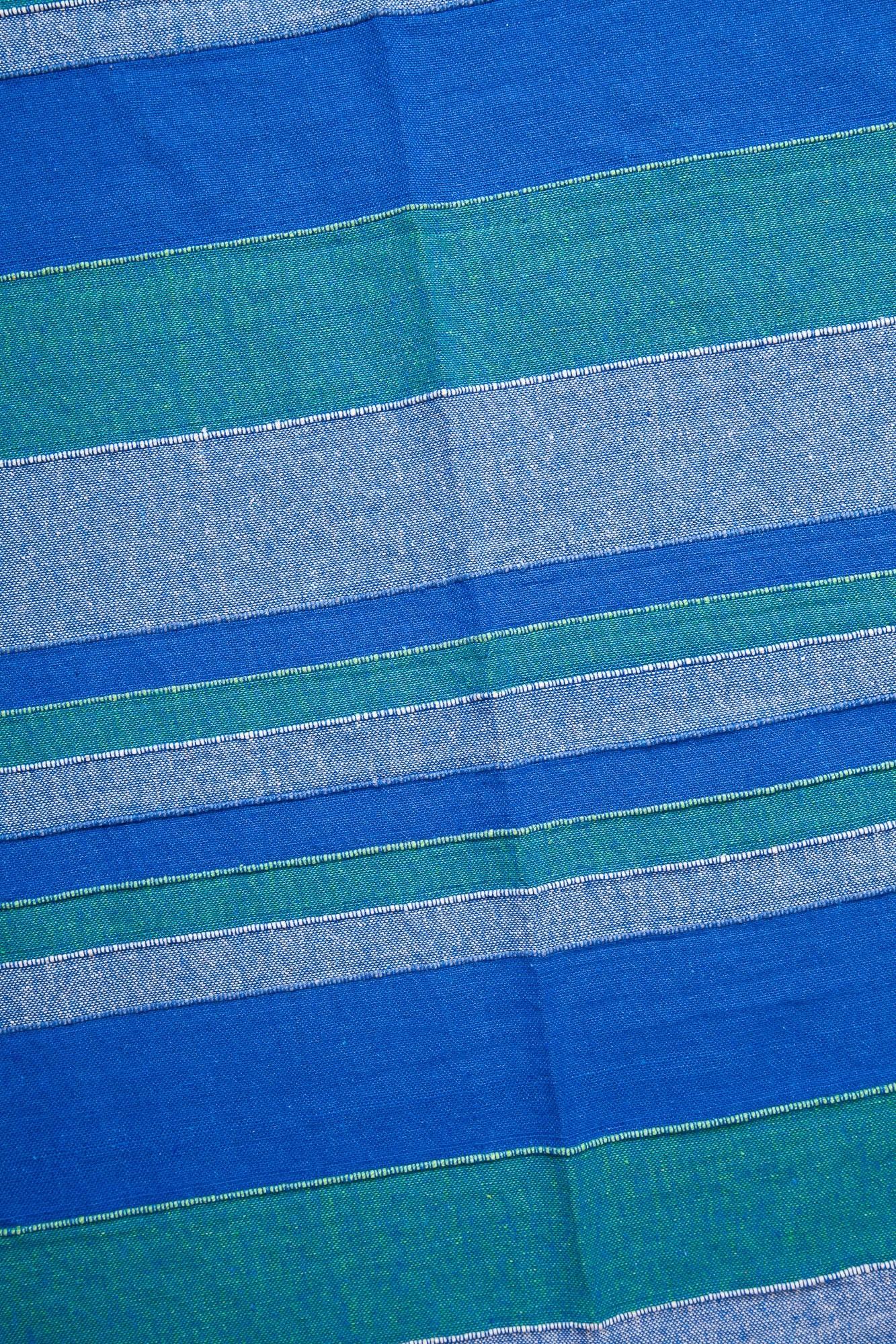 Cuvertura albastra in dungi-dubla