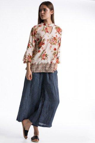 Bluza crem cu imprimeu floral si etnic