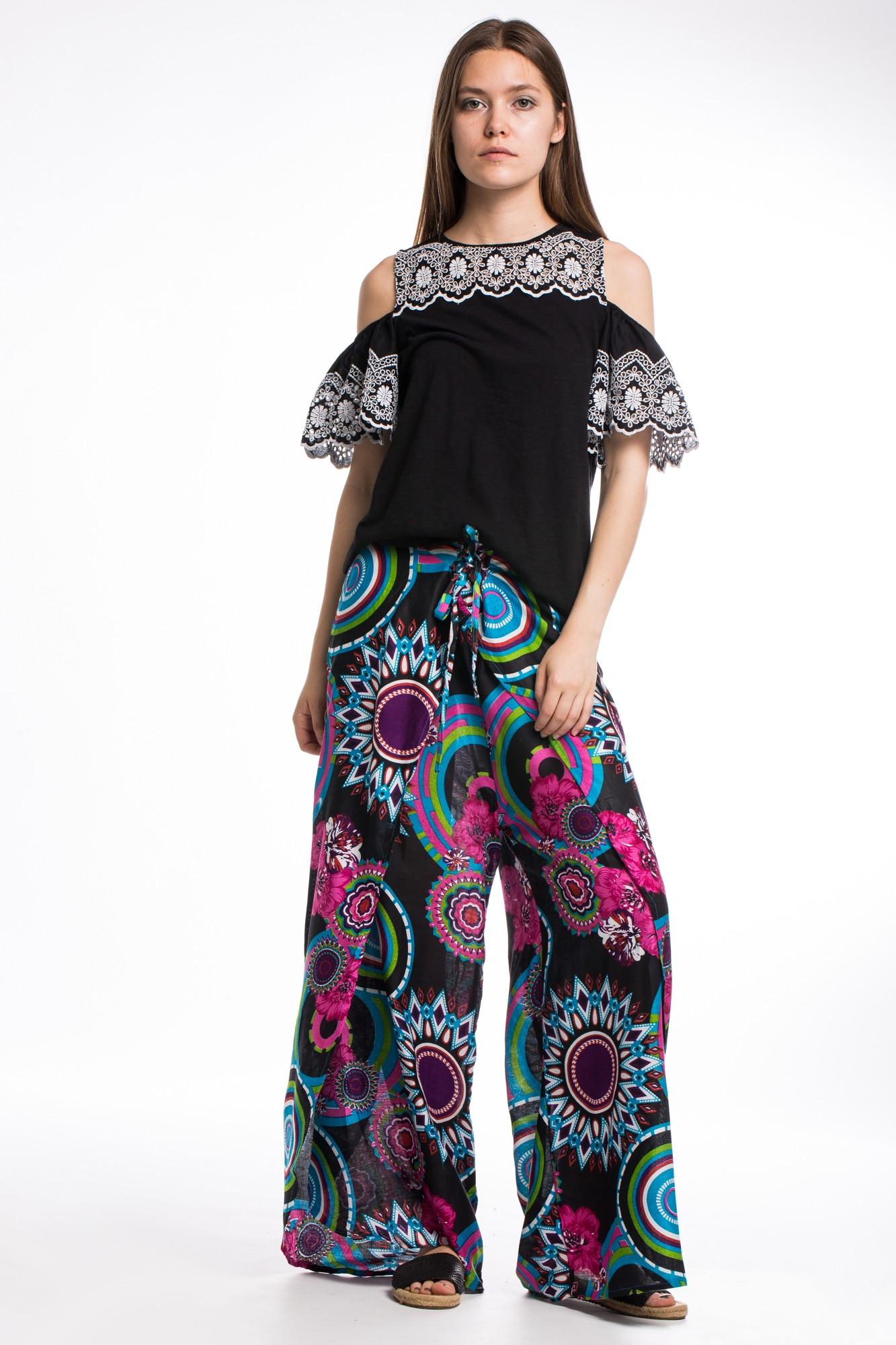 Pantaloni petrecuti cu imprimeu etnic