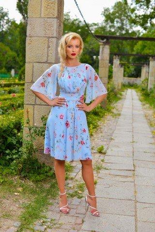 Rochie bleu cu trandafiri si maneci clopot