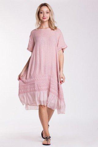 Rochie roz din in cu insertie din dantela si volan din matase