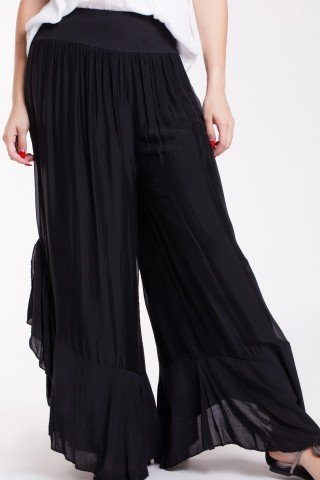 Pantaloni din matase neagra cu volan din voal