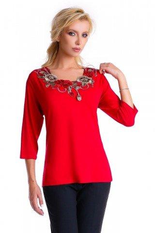 Bluza rosie Natalee din vascoza cu broderie aplicata