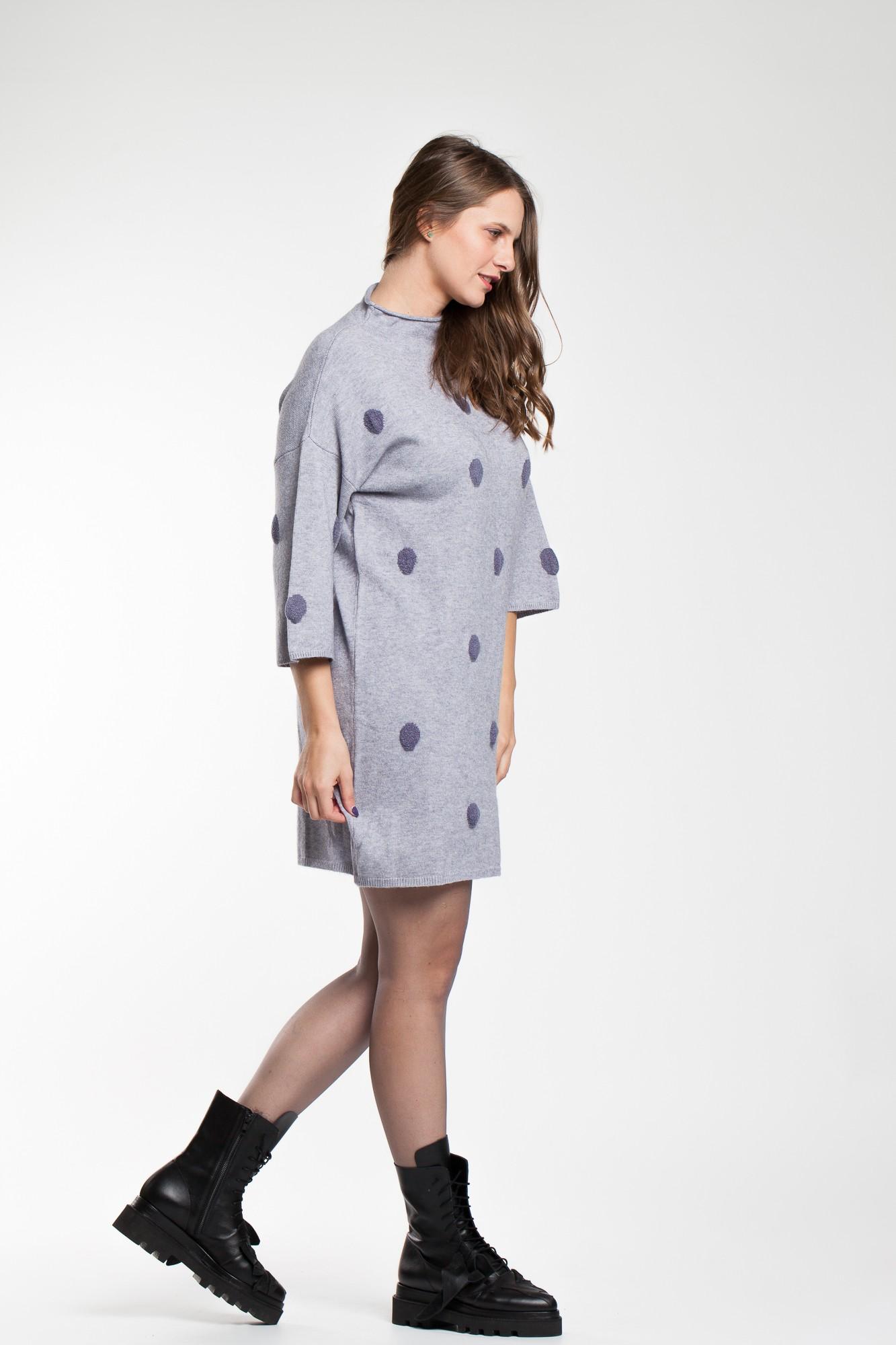 Rochie pulover gri cu buline
