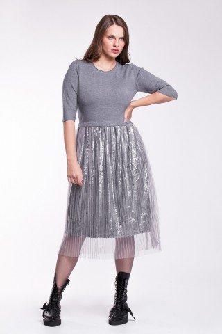 Rochie gri tricotata cu tulle si paiete