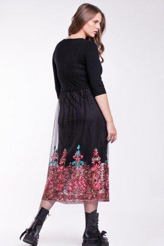 Rochie neagra tricotata cu tulle si broderie florala
