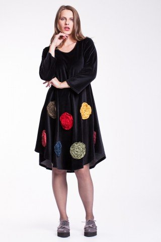 Rochie de catifea neagra cu flori colorate
