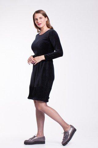 Rochie eleganta de catifea neagra cu striatii