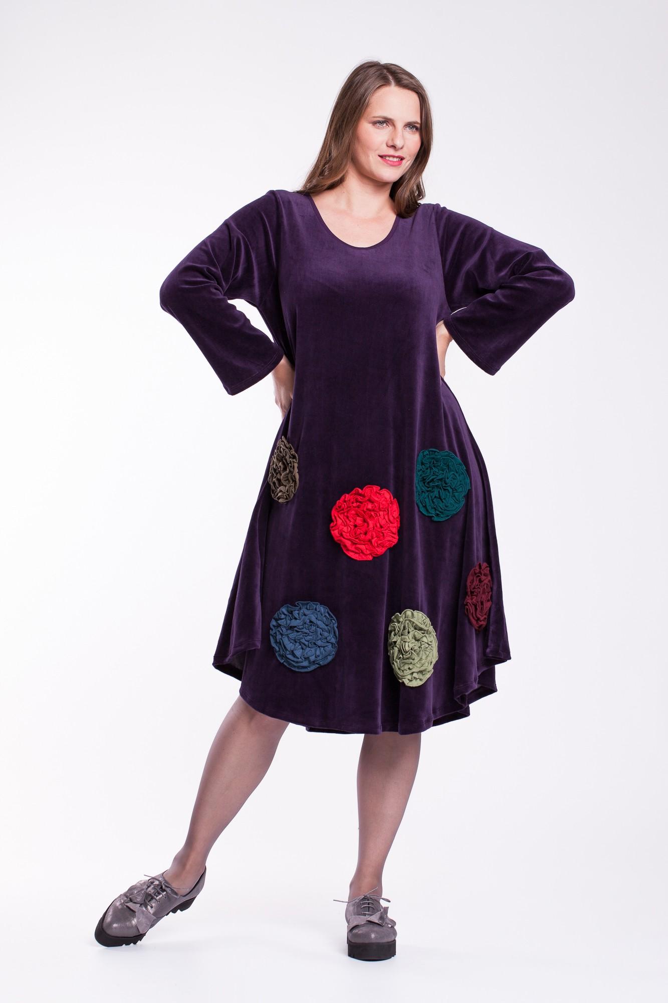 Rochie de catifea mov cu flori colorate