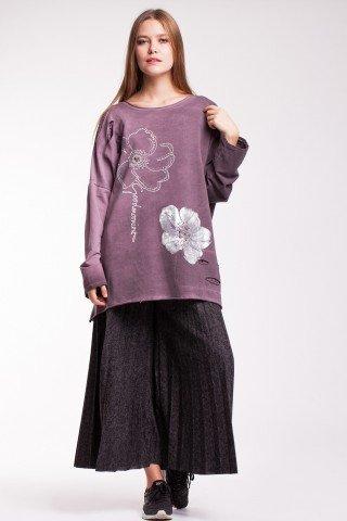 Bluza lila oversize cu imprimeu si aplicatii