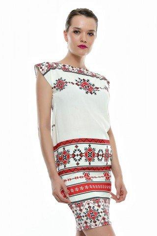 Rochie alba din vascoza Ayline cu imprimeu traditional