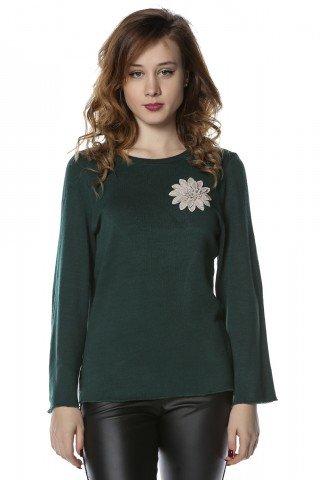 Bluza verde cu aplicatie florala brodata