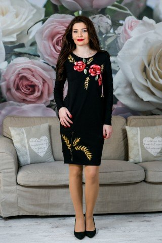 Rochie neagra cu trandafiri pictata manual