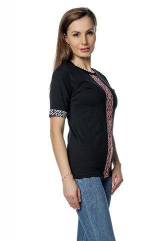 Tricou negru cu insertii imprimate traditionale