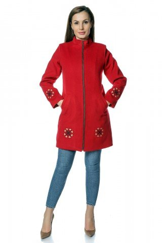 Palton stofa rosie cu broderie traditionala