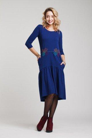 Rochie albastra cu volan si motive traditionale brodate