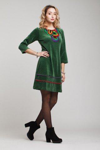 Rochie din catifea verde Afrodita cu broderie multicolora