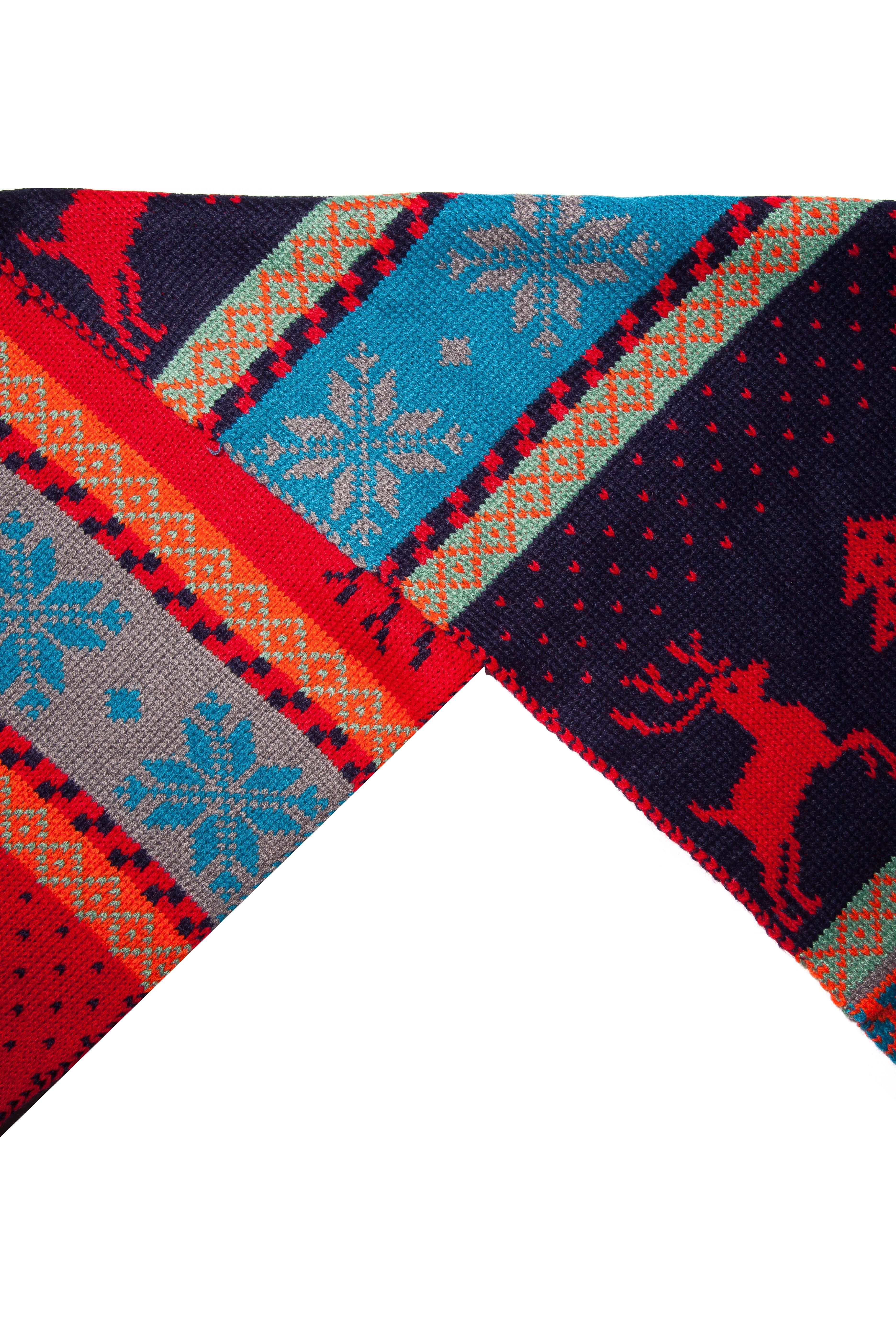 Fular tricotat cu doua fete imprimeu ren