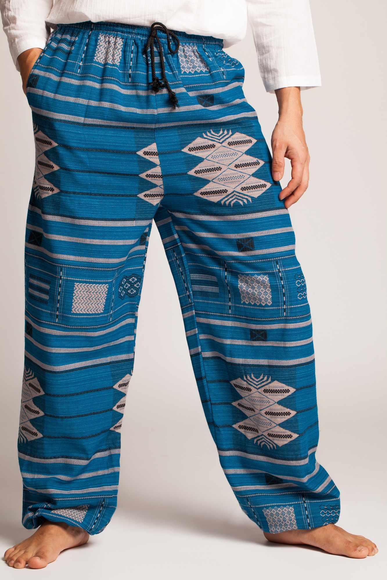 Pantaloni Thai din bumbac albastru cu motive etnice
