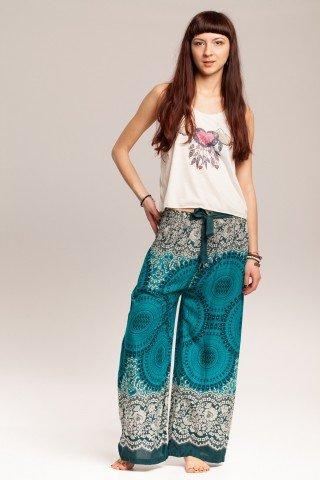 Pantaloni boho largi turcoaz cu mandale si flori
