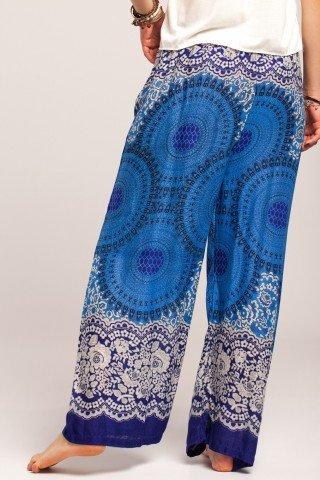Pantaloni boho largi albastri din vascoza cu mandala si flori