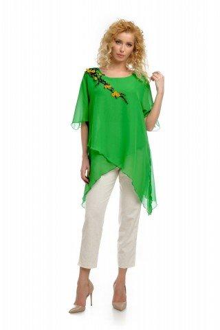 Bluza eleganta verde din voal cu broderie aplicata
