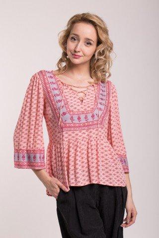 Bluza roz cu imprimeu floral si snur incrucisat