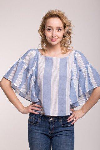 Bluza bleu cu dungi albe si volane