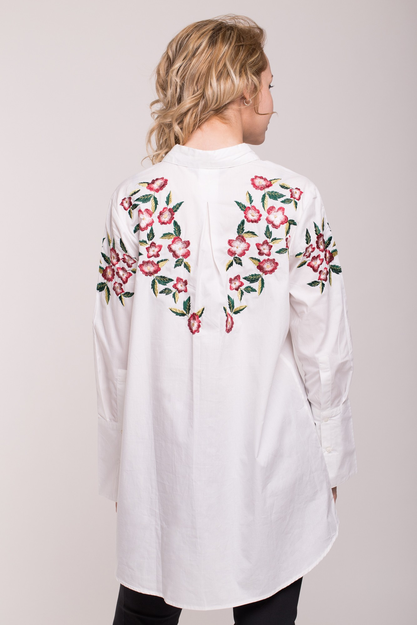 Camasa asimetrica alba cu broderie florala