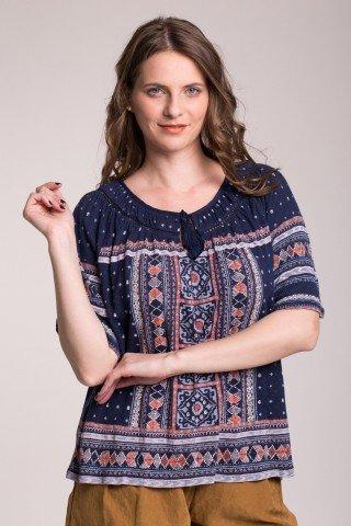 Bluza bleumarin cu imprimeu multicolor