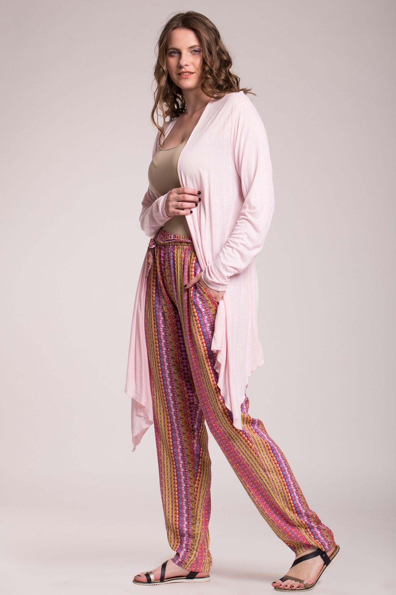 Cardigan roz pal cu colturi