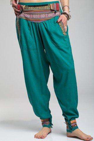 Pantaloni verzi tip salvari cu brau si mansete etnice