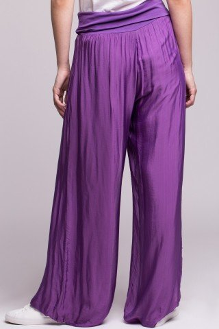 Pantaloni mov deschis din matase cu bata elastica in talie