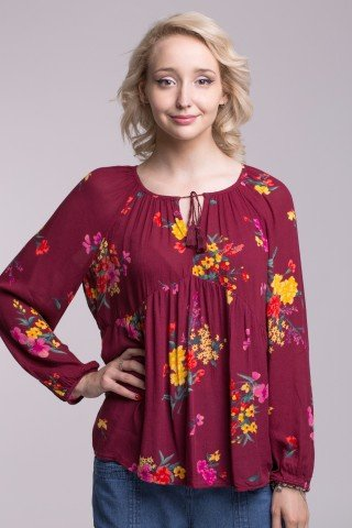 Bluza din vascoza visinie cu imprimeu floral multicolor